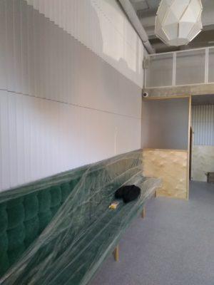 6. 3Д панель и диван